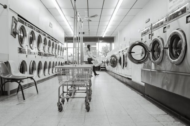 How To Wash And Care For Your Dress Shirts: laundromat