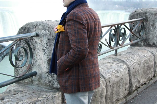 Style Tips For The Best Autumn Men's Outfits: tweed jacket