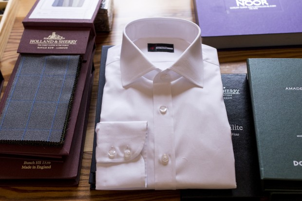 How To Fold Dress Shirts And Pack Them Properly