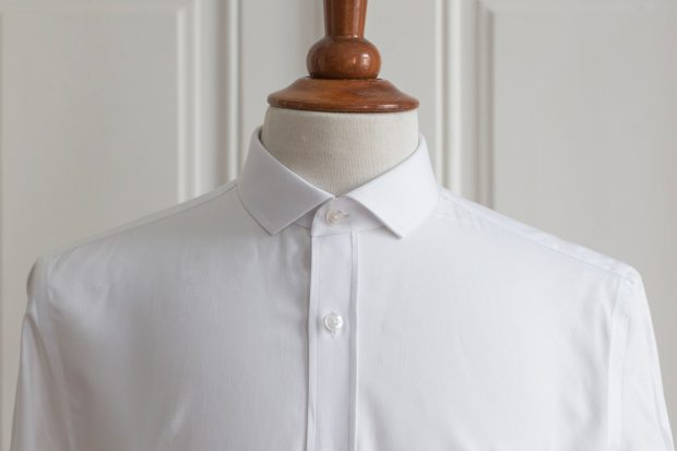 Mini point collar dress shirt