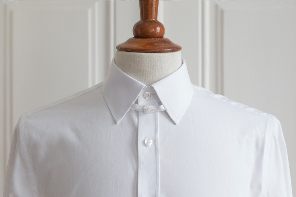 A guide to dress shirt collars deo veritas for Mens tab collar dress shirts