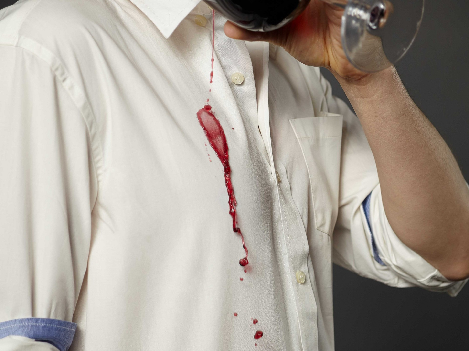How to wash and care for your dress shirts unfused deo for Get oil stain out of white shirt